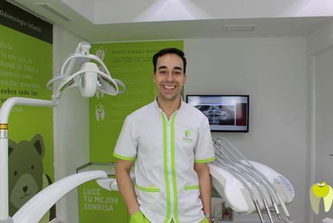 Dentista en Las Rosas, odontologia conservadora.
